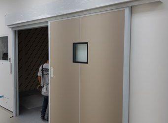 5. ประตูห้อง ผ่าตัด Operating theater -Hermetic Door
